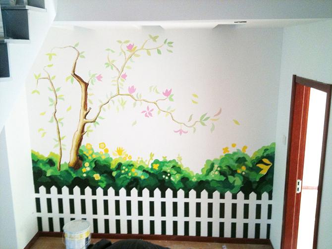 墙绘的色彩搭配是有很多的方案和技巧的